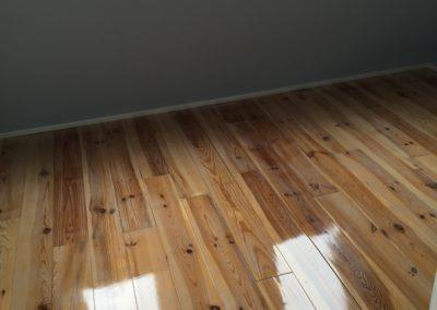 Schuren en Lakken van vloeren